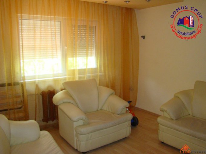 vanzare apartament decomandata, zona Inel 2, orasul Constanta, suprafata utila 74 mp