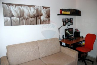 agentie imobiliara vand apartament decomandata, in zona Inel 2, orasul Constanta