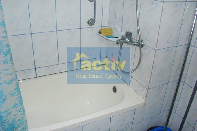 Apartament cu 4 camere de vanzare, confort Lux, zona Faleza Nord,  Constanta