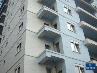 vanzare apartament cu 4 camere, decomandat, in zona City Park Mall, orasul Constanta