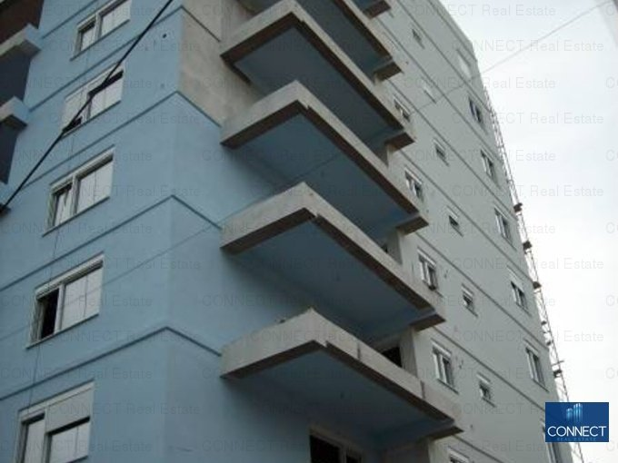 agentie imobiliara vand apartament decomandat, in zona City Park Mall, orasul Constanta