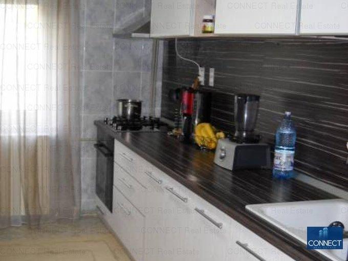 vanzare apartament decomandat, zona Poarta 6, orasul Constanta, suprafata utila 78 mp