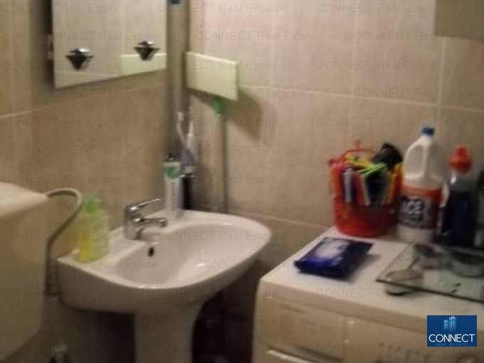 Constanta, zona Poarta 6, apartament cu 4 camere de vanzare