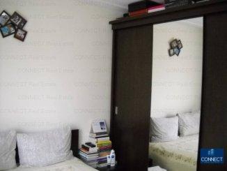 vanzare apartament cu 4 camere, decomandat, in zona Poarta 6, orasul Constanta