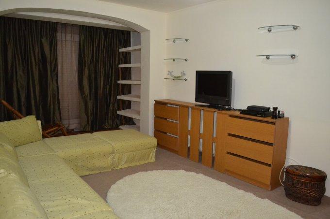 Apartament de inchiriat direct de la agentie imobiliara, in Constanta, in zona City Park Mall, cu 450 euro. 1  balcon, 2 grupuri sanitare, suprafata utila 90 mp. Mobilat modern.