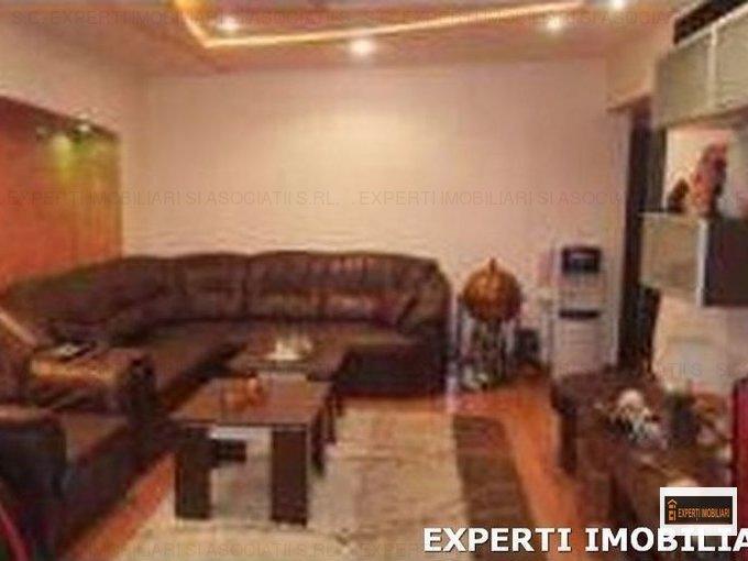 Apartament de vanzare in Constanta cu 4 camere, cu 2 grupuri sanitare, suprafata utila 100 mp. Pret: 105.000 euro. Usa intrare: Metal. Usi interioare: Lemn.