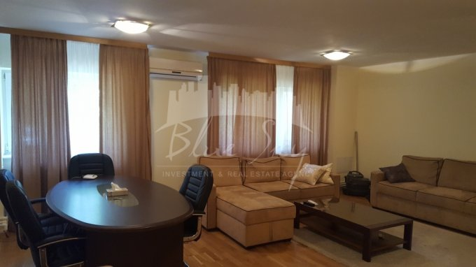 Apartament vanzare Constanta 4 camere, suprafata utila 115 mp, 2 grupuri sanitare. 105.000 euro negociabil. La Parter. Apartament Gara Constanta