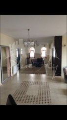 inchiriere apartament decomandat, zona Trocadero, orasul Constanta, suprafata utila 170 mp
