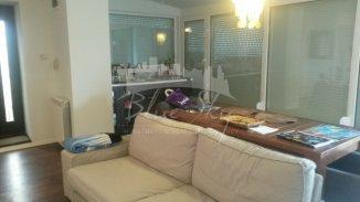 Constanta, zona Piata Ovidiu, apartament cu 4 camere de vanzare
