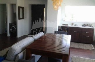 agentie imobiliara vand apartament decomandat, in zona Piata Ovidiu, orasul Constanta