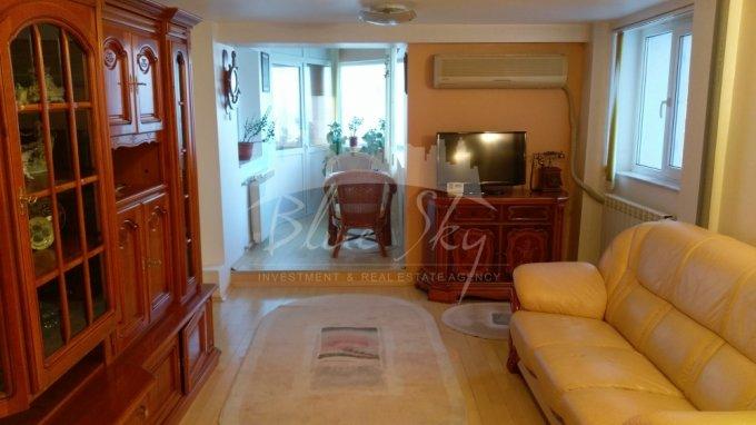 Apartament inchiriere Faleza Nord cu 4 camere, etajul 5, 2 grupuri sanitare, cu suprafata de 115 mp. Constanta, zona Faleza Nord.