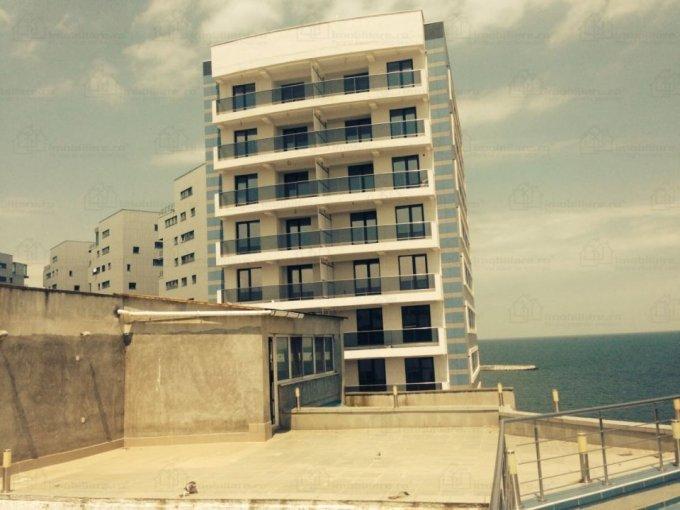 Duplex de vanzare in Constanta cu 4 camere, cu 2 grupuri sanitare, suprafata utila 188 mp. Pret: 205.000 euro negociabil.