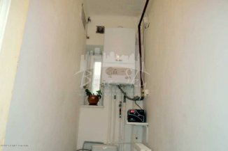 vanzare apartament decomandat, zona Capitol, orasul Constanta, suprafata utila 120 mp