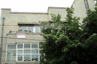 agentie imobiliara vand apartament decomandat, in zona Capitol, orasul Constanta