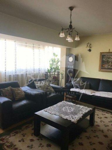 Apartament de vanzare direct de la agentie imobiliara, in Constanta, in zona Victoria, cu 115.000 euro negociabil. 2 grupuri sanitare, suprafata utila 90 mp.
