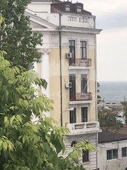 vanzare apartament decomandat, zona Cazino, orasul Constanta, suprafata utila 85 mp
