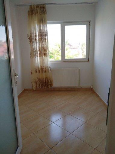 Apartament inchiriere Agigea 4 camere, suprafata utila 110 mp, 1 grup sanitar, 1  balcon. 250 euro negociabil. Etajul 1 / 2. Destinatie: Rezidenta. Apartament Agigea  Constanta