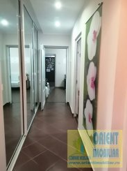 vanzare apartament semidecomandat, zona Tomis Nord, orasul Constanta, suprafata utila 78 mp