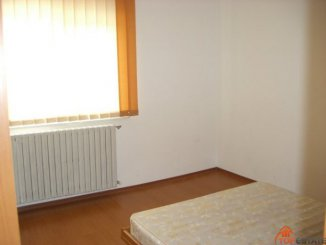 Constanta, zona Tomis Nord, duplex cu 4 camere de vanzare