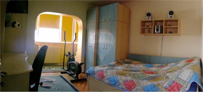 Apartament cu 4 camere de vanzare, confort Lux, zona Inel 1,  Constanta
