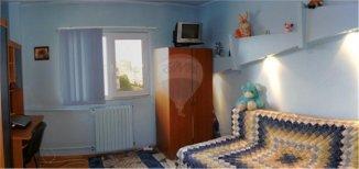 vanzare apartament cu 4 camere, decomandat, in zona Inel 1, orasul Constanta