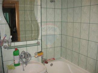 vanzare apartament decomandata, zona Gara, orasul Constanta, suprafata utila 110 mp