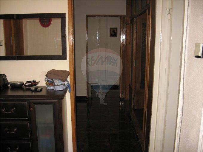 Apartament cu 4 camere de vanzare, confort Lux, zona Casa de Cultura,  Constanta