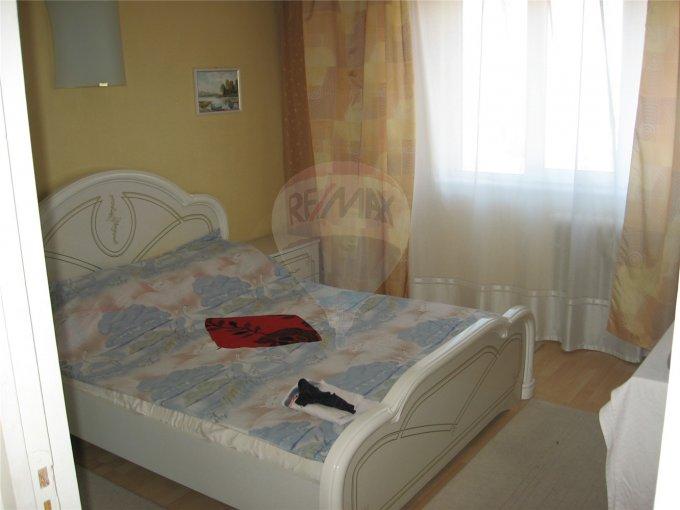 Constanta, zona Casa de Cultura, apartament cu 4 camere de vanzare