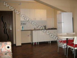 vanzare apartament cu 4 camere, decomandata, localitatea Mamaia Nord