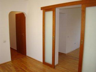 Apartament cu 4 camere de vanzare, confort Lux, zona Cazino,  Constanta