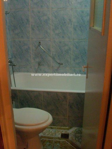 Apartament cu 4 camere de vanzare, confort Lux, zona Dacia,  Constanta