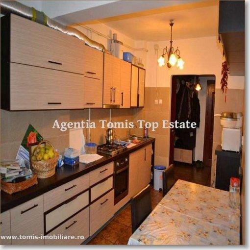 Apartament cu 4 camere de vanzare, confort Lux, zona Centru,  Constanta