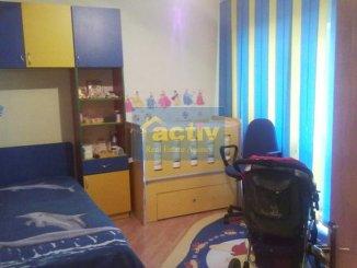 Apartament cu 4 camere de vanzare, confort Lux, zona Gara,  Constanta