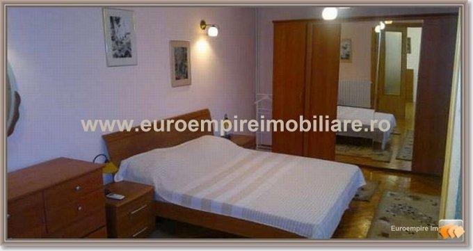 Apartament de inchiriat in Constanta cu 4 camere, cu 2 grupuri sanitare, suprafata utila 170 mp. Pret: 550 euro.