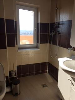 vanzare duplex cu 5 camere, decomandat, in zona Tomis 3, orasul Constanta