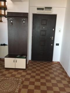 Duplex cu 5 camere de vanzare, confort Lux, zona Tomis 3,  Constanta