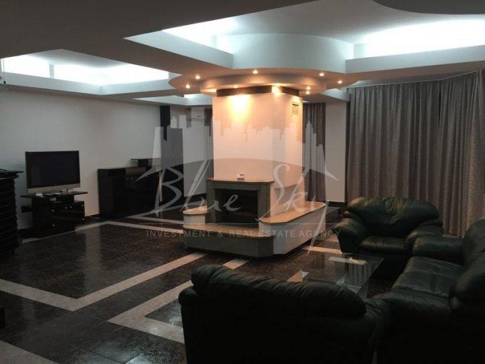 Apartament inchiriere Faleza Nord cu 5 camere, la Parter, 2 grupuri sanitare, cu suprafata de 330 mp. Constanta, zona Faleza Nord.