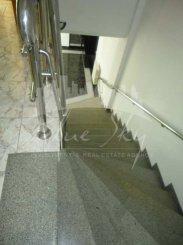 inchiriere apartament decomandat, zona Faleza Nord, orasul Constanta, suprafata utila 330 mp