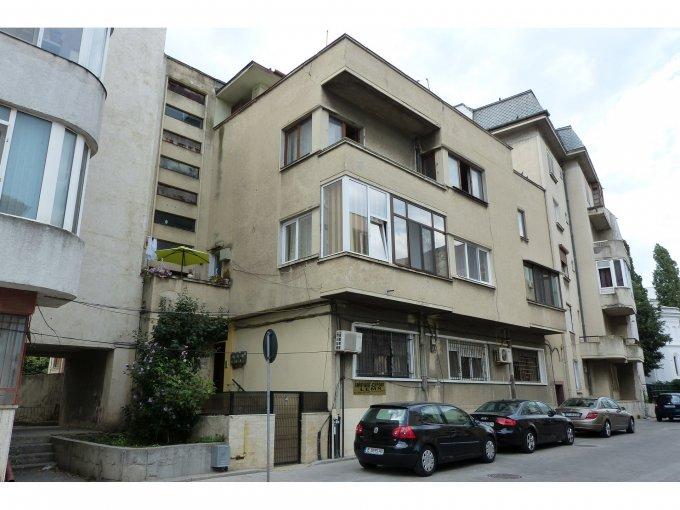 vanzare Apartament Constanta cu 5 camere, cu 2 grupuri sanitare, suprafata utila 113 mp. Pret: 110.000 euro negociabil. Incalzire: Centrala proprie a locuintei.