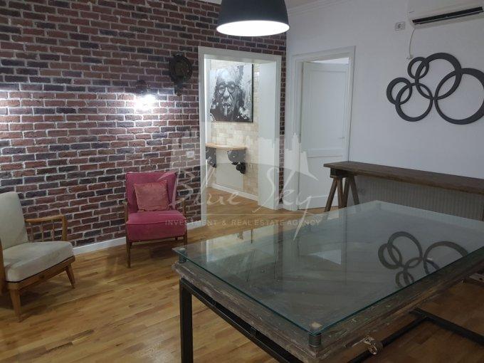 Apartament de inchiriat in Constanta cu 5 camere, cu 2 grupuri sanitare, suprafata utila 170 mp. Pret: 2.000 euro negociabil.