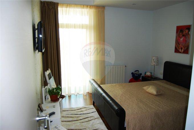 vanzare apartament cu 6 camere, decomandata, in zona Faleza Nord, orasul Constanta