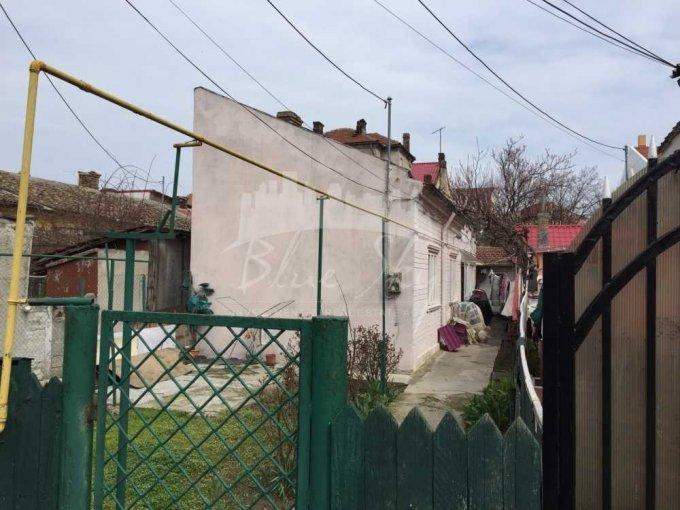 vanzare Casa Constanta Tomis 2 cu 2 camere, 1 grup sanitar, avand suprafata utila 75 mp. Pret: 61.500 euro negociabil. agentie imobiliara vand Casa.