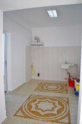vanzare casa de la agentie imobiliara, cu 2 camere, in zona B-dul Mamaia, orasul Constanta