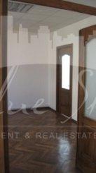 inchiriere casa cu 20 camere, zona Piata Ovidiu, orasul Constanta, suprafata utila 450 mp