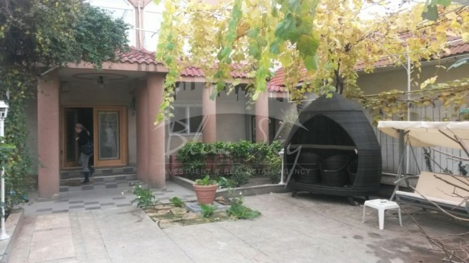 inchiriere Casa Constanta cu 20 camere, cu suprafata utila de 608 mp, 1 grup sanitar. 2.500 euro negociabil.. Casa inchiriere Dacia Constanta