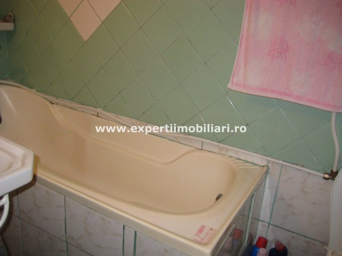 vanzare casa cu 3 camere, zona Coiciu, orasul Constanta, suprafata utila 70 mp