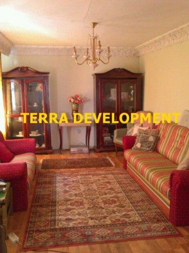 Casa de vanzare direct de la agentie imobiliara, in Ovidiu, cu 58000 euro. 2 grupuri sanitare, suprafata utila 98 mp. Are  4 camere.