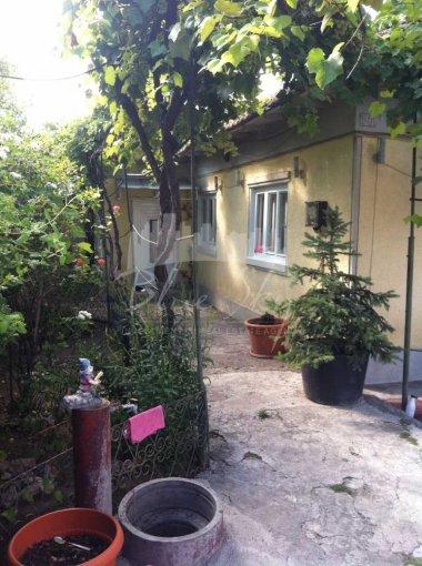 vanzare Casa Constanta Coiciu cu 3 camere, 1 grup sanitar, avand suprafata utila 87 mp. Pret: 88.500 euro. agentie imobiliara vand Casa.