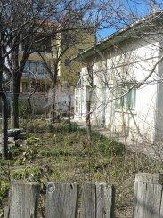 Casa de vanzare cu 3 camere, in zona Faleza Nord, Constanta