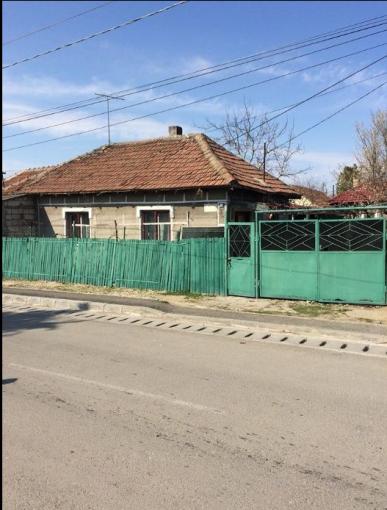 vanzare Casa Constanta cu 3 camere, cu suprafata utila de 65 mp, 1 grup sanitar. 35.000 euro.. Casa vanzare Constanta